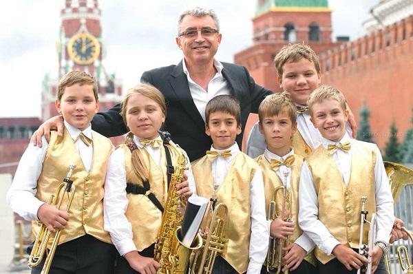 известный музыкант Семён Мильштейн стал почетным членом клуба ДЕЛОВЫЕ ЛЮДИ