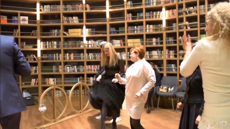 Танцуют все! Смешной видео ролик с «Осеннего пикника» 2017