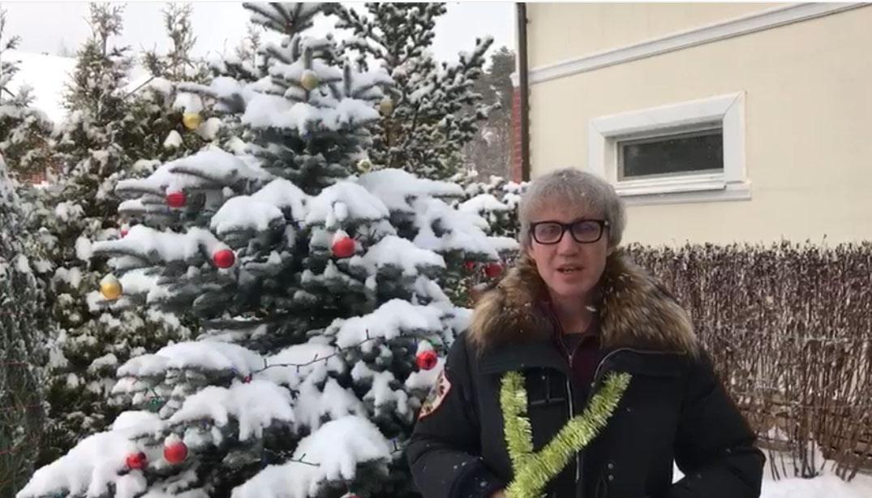 Алексей Каневский (ген директор пивной компании INTER PORTFOLIO) поздравляет с Новым Годом