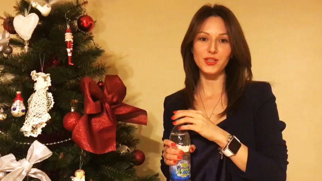 Юлия Аксёнова. директор компании ОКОВСКИЙ ЛЕС. видео поздравление С Новым Годом!