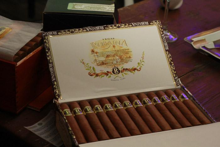 сигарный клуб OTOKOMAE — Три часа экономической правды