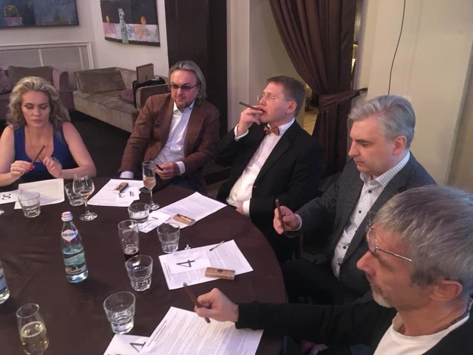 27 февраля состоялся турнир по медленному курению сигар фабрики Siglo de Oro по правилам iTBC.