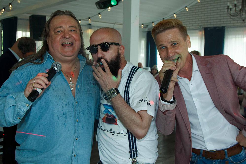 бесcменные ведущие мероприятий нашего клуба Владимир Ефимов и Андрей Якиманский выступили в Don David