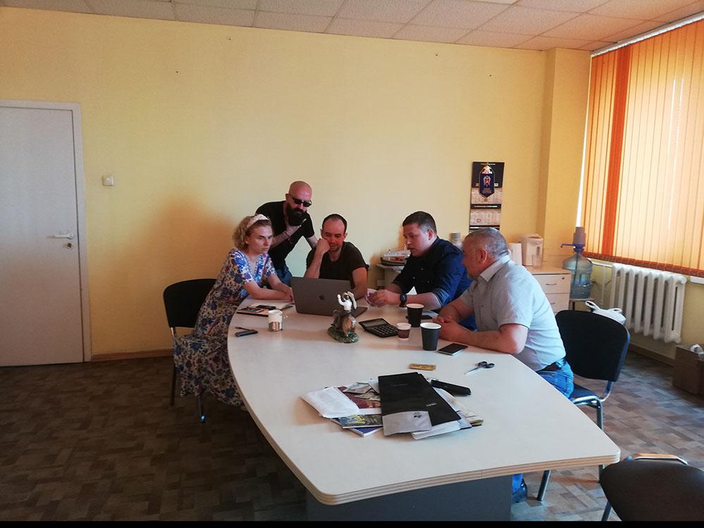 компания Madeo пригласила на консультацию интернет-маркетолога из клуба Очень Деловые Люди!