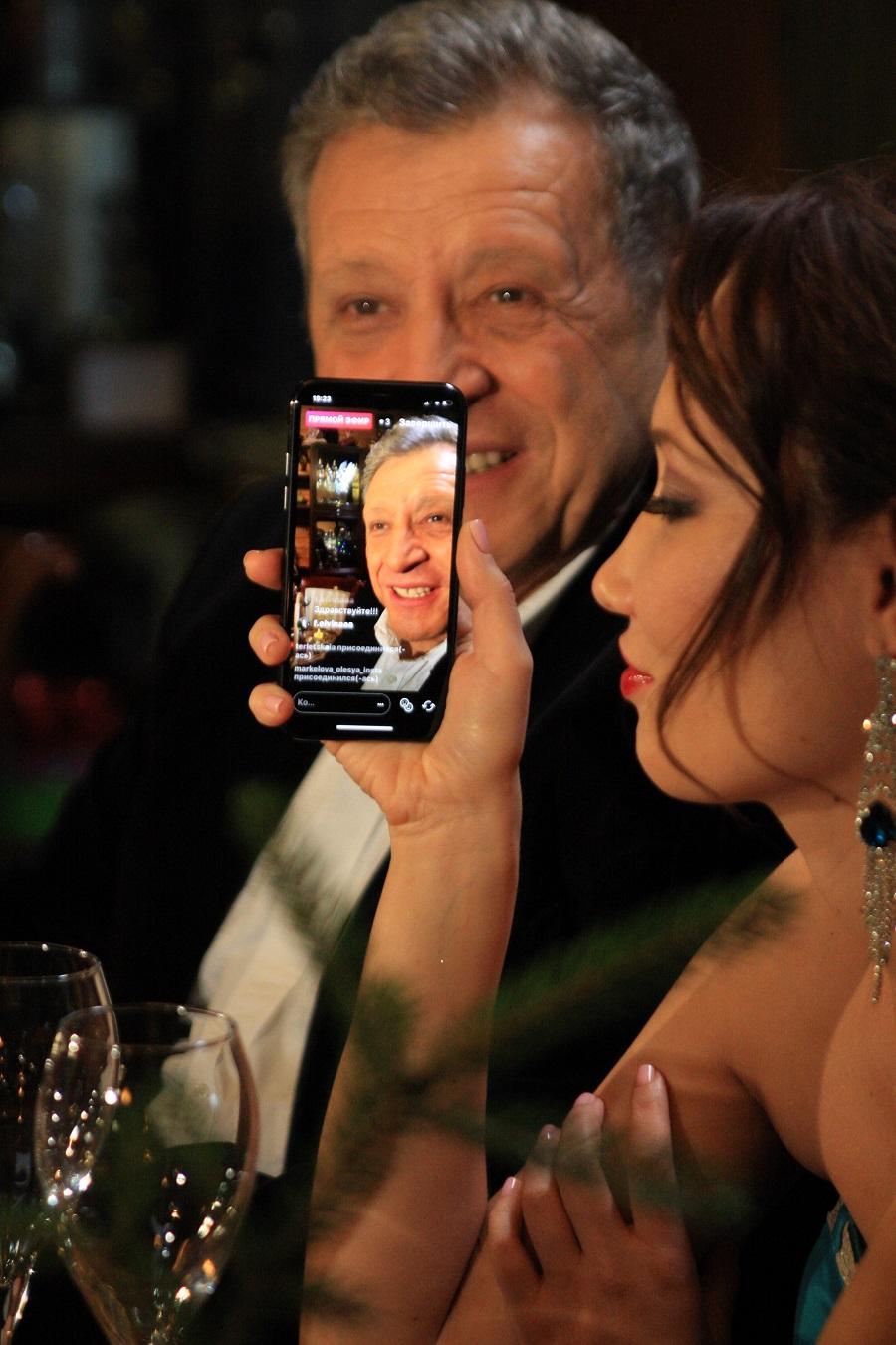 Где и как послушать НОВОГОДНЮЮ ПЕСНЮ от Бориса Грачевского и Екатерины Белоцерковской!  Сотрудничество с НАЦИОНАЛЬНЫМ ЦИФРОВЫМ АГРЕГАТОРОМ набирает обороты!