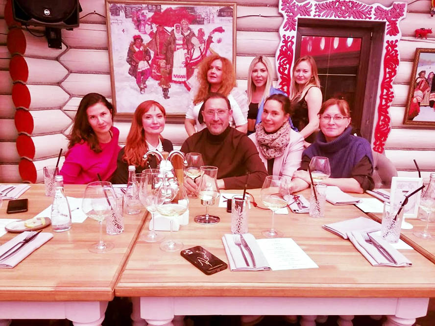 Сезон осенних ужинов в стиле MICHELIN в ресторане авторской кухни «ПетRUшка» открыт в парк-отеле «Орловский»