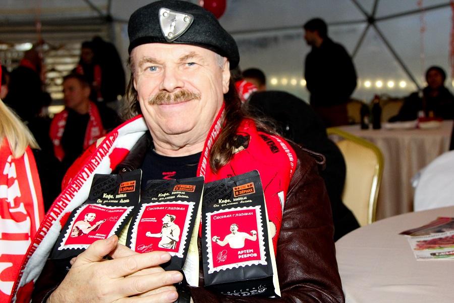 Пресняков-старший купил первые ТРИ пачки кофе для СПАРТАКА от компании MADEO