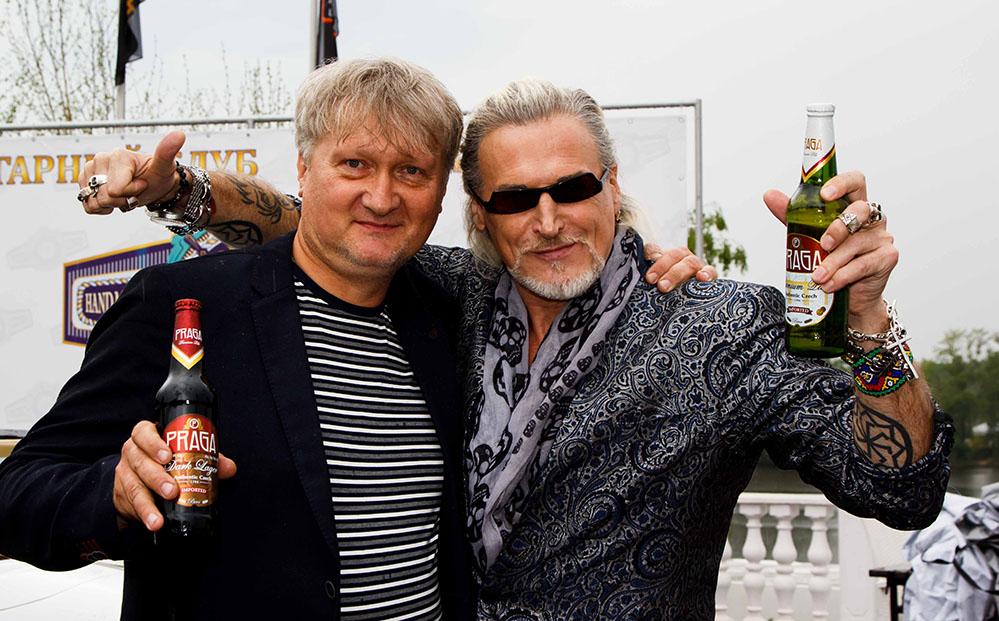 пиво PRAGA на весеннем пикнике КЛУБА ДЕЛОВЫЕ ЛЮДИ в подмосковных ВОДНИКАХ