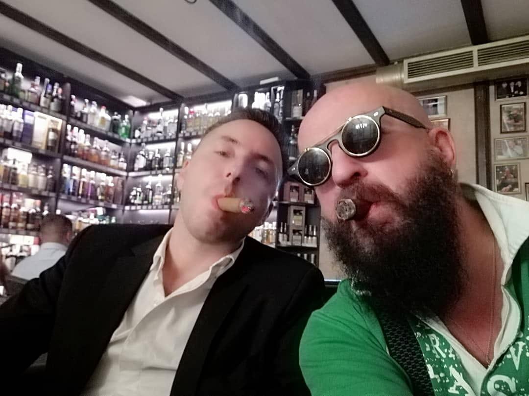 небольшой фотоотчёт о том как прошла дегустация шотланского виски в салоне СИГАРЫ И ВИСКИ 6-ого сентября 2018 года