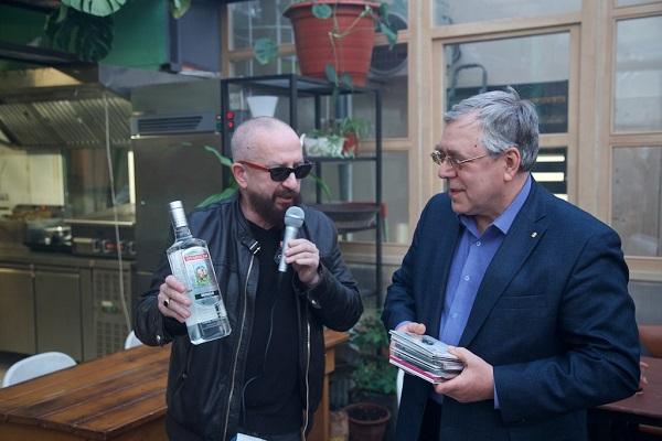 День рождения президента Анатолия Рычкова — второй и четвертый президент Московского сигарного клуба.